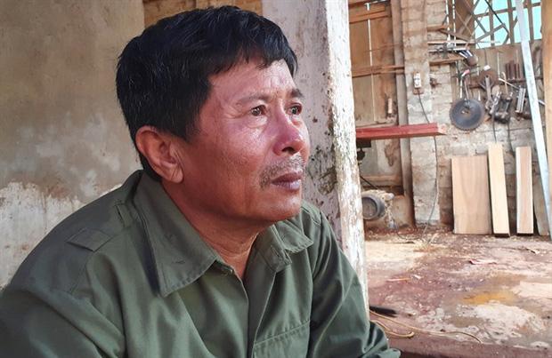 Ông Lê Minh Tuân đang hoang mang, lo lắng khi con trai mất tích tại Anh.