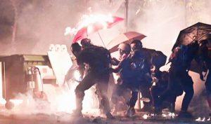 """Cảnh sát Hồng Kông """"tổng tấn công"""" Đại học Trung văn tối ngày 12/11"""