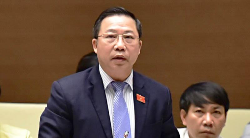 Đại biểu Lưu Bình Nhưỡng phát biểu tại hội trường ngày 4/11.
