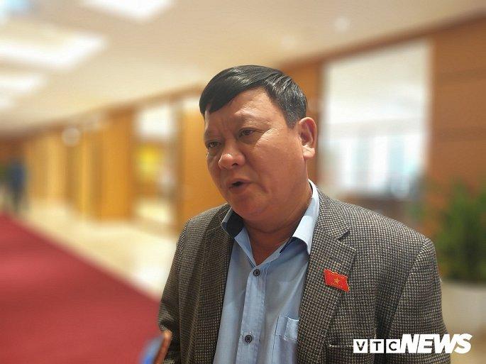 ĐBQH Đặng Ngọc Nghĩa cho rằng việc bỏ kinh phí 100.000 tỷ đồng để đầu tư một dự án đường sắt là thiếu hợp lý.