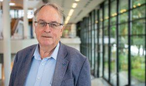 Hành trình đi đến giải Nobel lĩnh vực Hóa học của giáo sư M. Stanley Whittingham