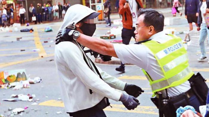 Cảnh sát Hồng Kông bước tiếp theo sẽ có những hành động mạnh mẽ hơn đối với những người ủng hộ phong trào phản đối dự luật dẫn độ ở Hồng Kông.
