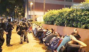 Đại học Bách Khoa Hồng Kông vẫn bị cảnh sát bao vây, người biểu tình nguy kịch