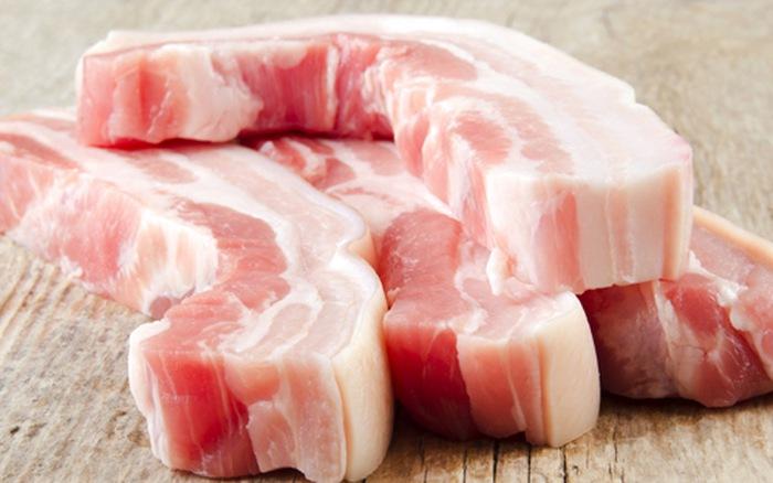 Giá thịt heo lên 280.000 đồng/kg, 'vượt mặt' thịt bò. (Ảnh qua giadinh)