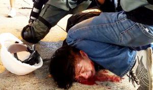 Cảnh sát Hồng Kông đang làm tình hình trở nên mất kiểm soát?