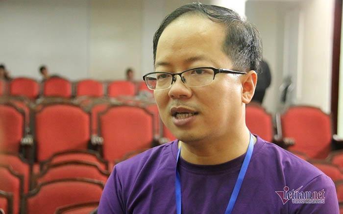 PGS.TS Ngô Hoàng Long, giảng viên Trường ĐH Sư phạm Hà Nội, một trong những giảng viên cốt cán được tập huấn chương trình giáo dục phổ thông mới.