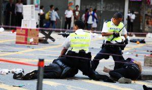 Video trực tiếp: Cảnh sát Hồng Kông bắn thẳng vào ngực người biểu tình