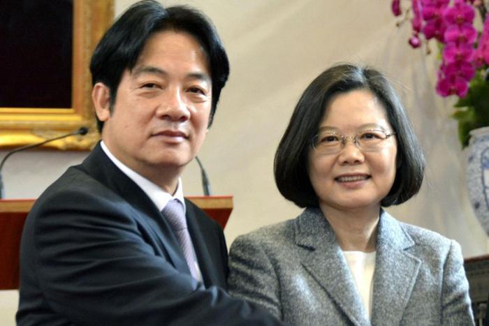 Ông Lại Thanh Đức và bà Thái Anh Văn.