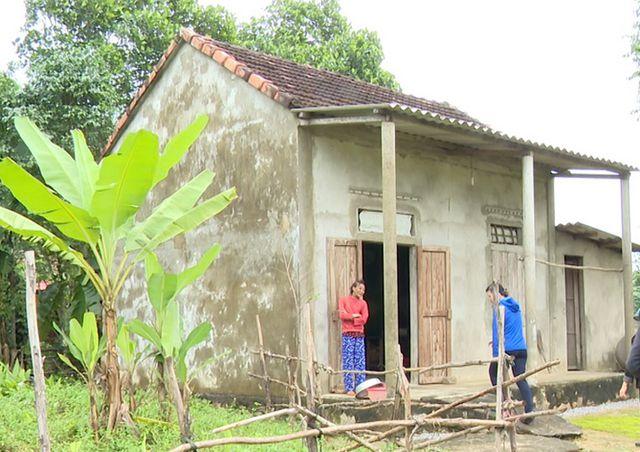 Ngôi nhà tình thương vỏn vẹn 35m2, nơi bà Hương cùng con trai sinh sống.