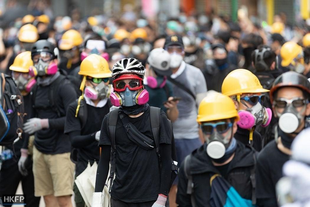 Chiêu mới của an ninh ĐCSTQ: Người biểu tình Hồng Kông che mặt cũng vô dụng (ảnh 2)