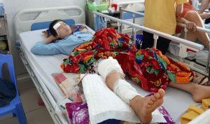 Thanh Hóa: Chủ tịch xã lái xe tông vào 2 học sinh rồi bỏ chạy