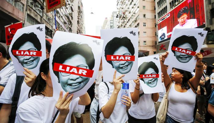 Chính quyền Hồng Kông đã chính thức rút dự luật, nhưng vẫn từ chối giải quyết tất cả 5 yêu cầu của người biểu tình