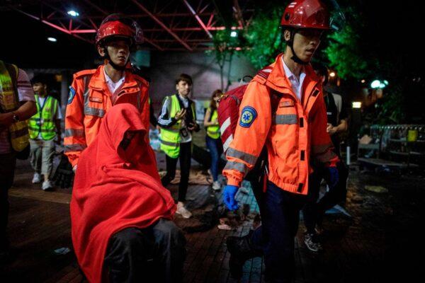 Đại học Bách khoa Hồng Kông: Chỉ còn 30 người ở lại, toàn bộ phe Dũng Vũ đã rời đi (ảnh 2)
