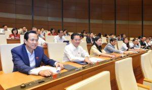 Quốc hội tán thành tăng tuổi nghỉ hưu và tăng 1 ngày nghỉ lễ