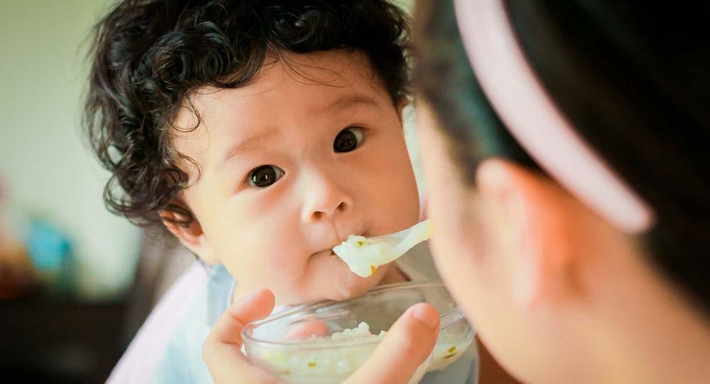 95% đồ ăn của trẻ nhỏ chứa kim loại độc hại như chì, thủy ngân
