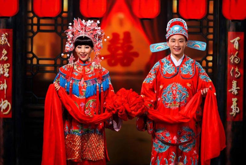 """Vì sao trong hôn nhân, người ta thường chúc nhau bốn chữ """"Hỷ Lạc Hòa Thuận""""?"""