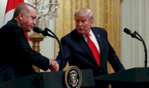 Tổng thống Trump nói không xem điều trần luận tội vì quá bận