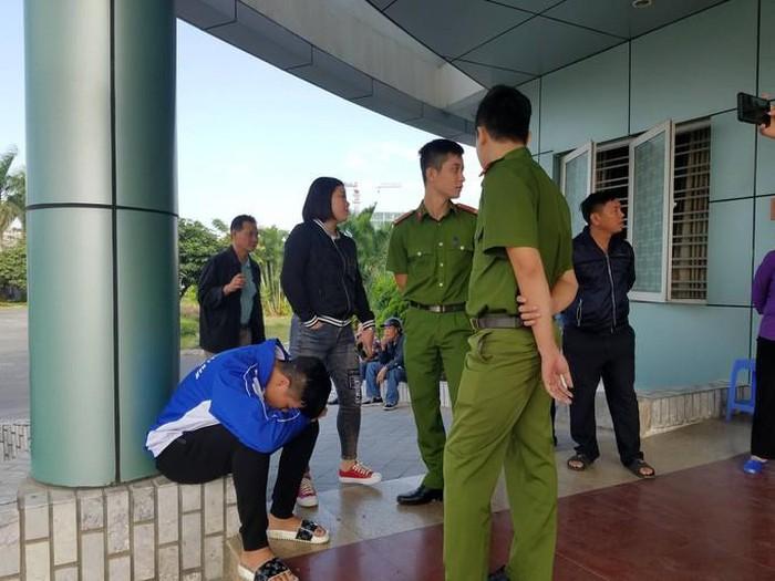 Vương trước khi được đưa vào phòng cấp cứu.