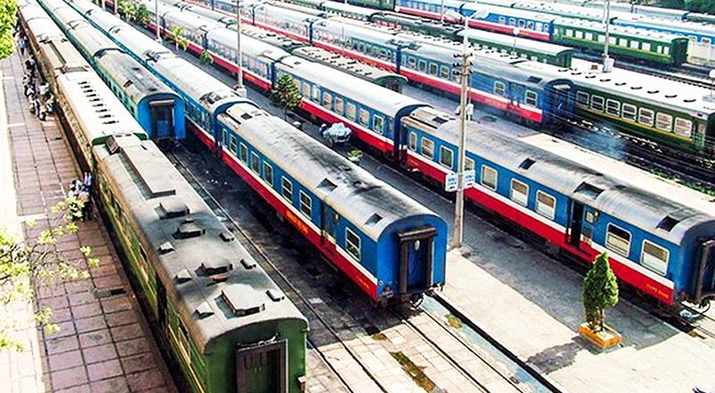 Xây dựng tuyến đường sắt Lào Cai - Hà Nội - Hải Phòng với tổng vốn đầu tư ước tính 100.000 tỷ đồng.