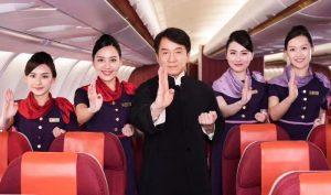 """""""Hong Kong Airlines"""" có nguy cơ ngừng bay, dân mạng cho rằng vì có Thành Long làm đại sứ"""