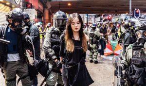 Vì đâu các cô gái trẻ Hồng Kông lại bước lên tuyến đầu trong các cuộc biểu tình?