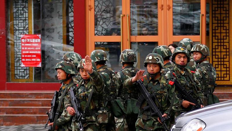 Trung Quốc tăng cường an ninh ngăn chận phóng viên quốc tế tại thủ phủ Tân Cương, Urumqi.