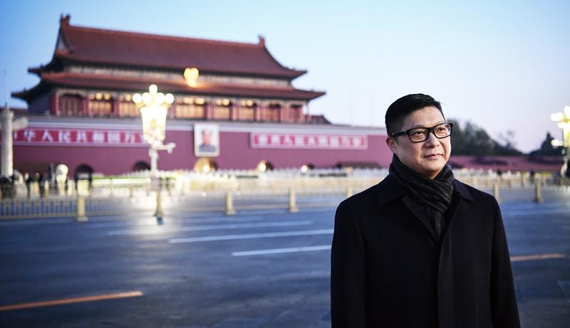 Vào ngày 6/12, tân cảnh sát trưởng Đặng Bính Cường cùng với Phó cảnh sát trưởng Tiêu Trạch Di, sẽ đến Bắc Kinh để tiến hành thăm hỏi sau khi nhậm chức vào ngày 19/11.