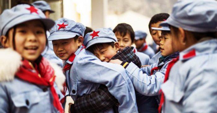 """Học sinh TQ bị tẩy não: """"Người Hồng Kông nếu ở Đại lục thì đã bị xe tăng cán chết rồi!"""""""
