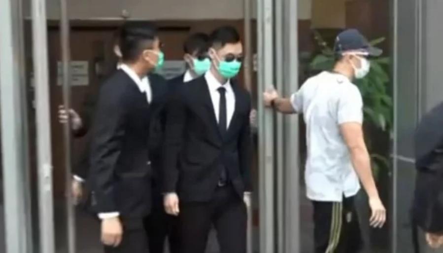 Thay đổi cáo trạng của 3 cảnh sát Hồng Kông tấn công người khác, nâng mức hình phạt tối đa lên 7 năm tù (ảnh 1)