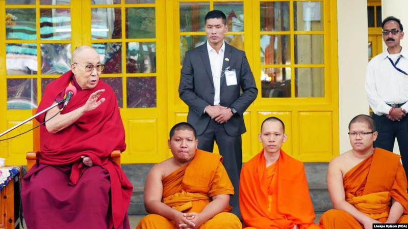 Đạt Lat Lạt Ma ở Dharamsala, Ấn Độ