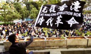 """Sinh viên Đại lục ủng hộ Hồng Kông: """"Chúng ta sẽ gặp nhau ở nơi không có bóng tối"""""""