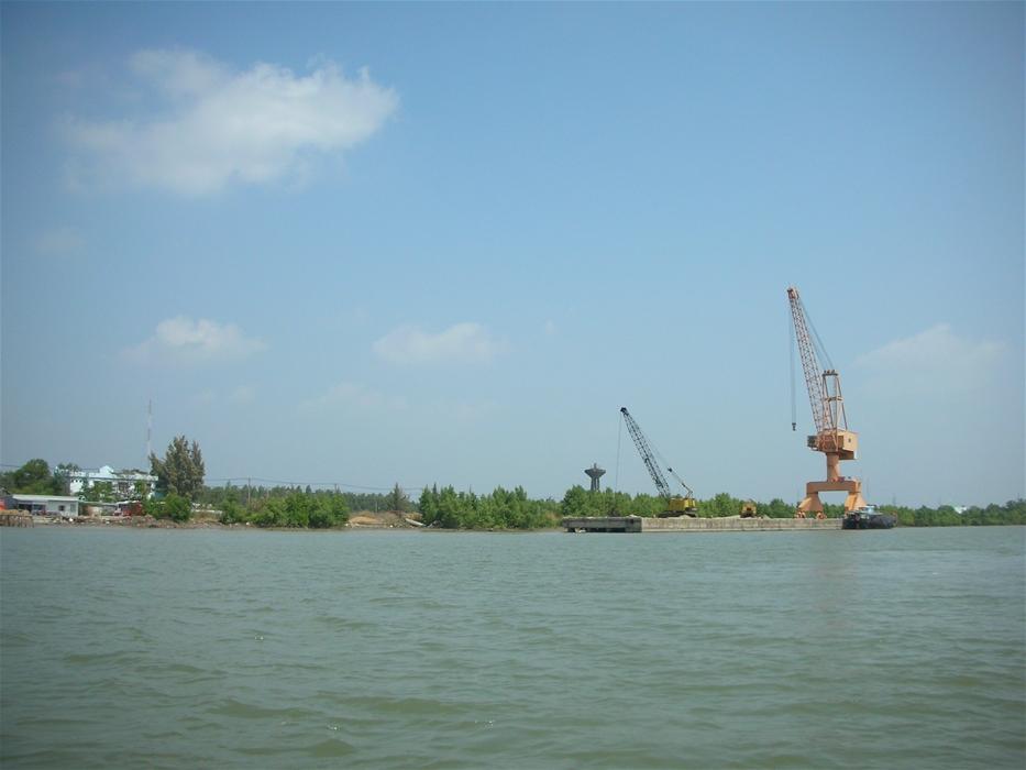 Bỏ hoang nhà máy đóng tàu với số vốn đầu tư hơn 1.000 tỉ đồng-ảnh 9