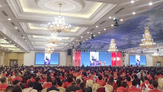 Hơn 2.000 du khách Trung Quốc xuất hiện tại trung tâm tiệc cưới lớn nhất Hải Phòng vào ngày 20/12/2019. (Ảnh qua VOA)