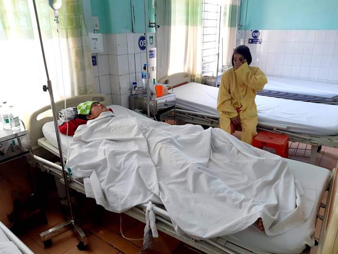 Anh Phan Đức Thanh đang được điều trị tại bệnh viện.