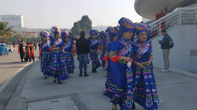 Doanh nghiệp tiếp tục xin tổ chức biểu diễn văn nghệ cho hơn 600 du khách Trung Quốc-1