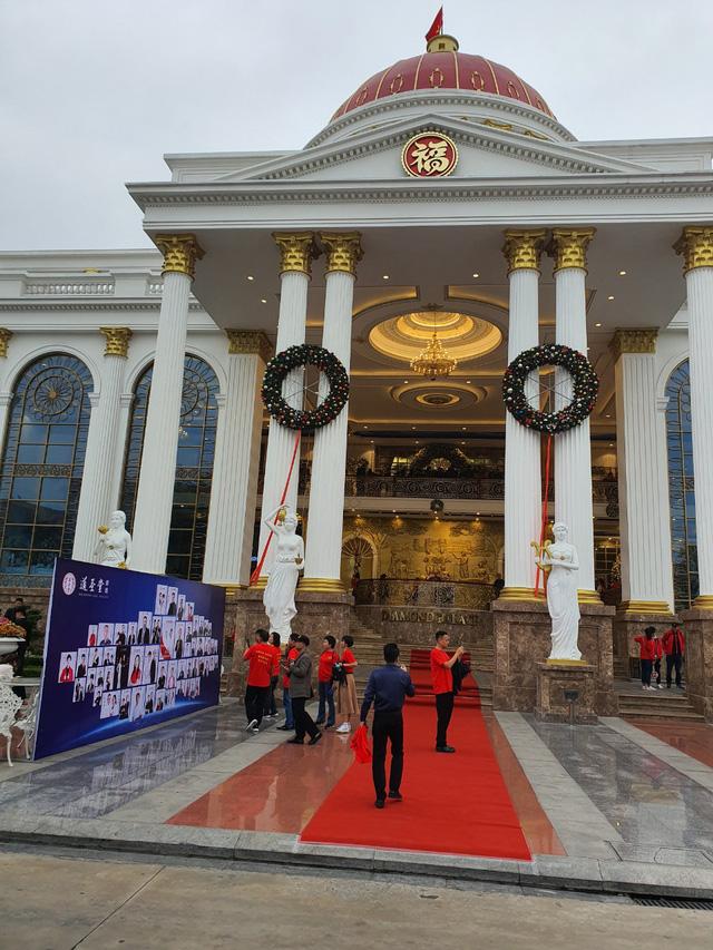 Doanh nghiệp tiếp tục xin tổ chức biểu diễn văn nghệ cho hơn 600 du khách Trung Quốc-3