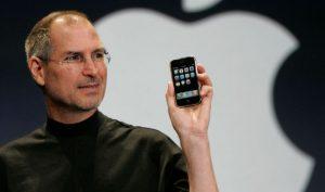 Hành trình 12 năm phát triển của iPhone