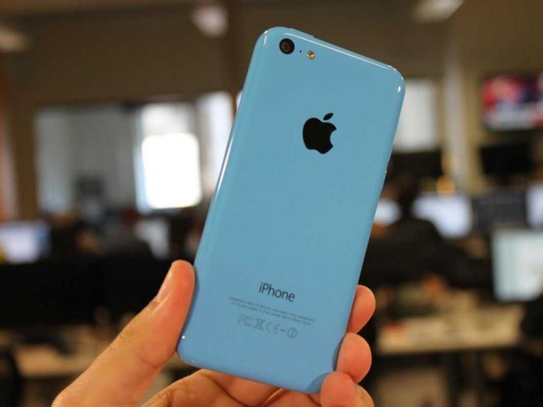 Hành trình 12 năm phát triển của iPhone - iPhone 5C