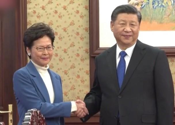 """""""Luật cấm che mặt"""" mất đi hiệu lực, Bắc Kinh liệu có dịu lại? (ảnh 2)"""