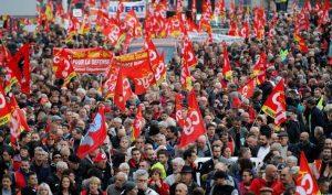 Pháp hỗn loạn vì cuộc biểu tình quy mô lớn nhất trong 24 năm