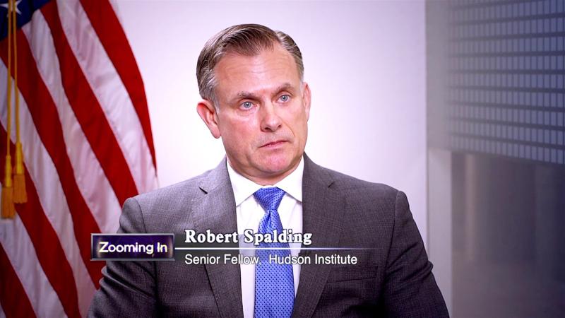 Ông Robert Spalding, nhà nghiên cứu tại Viện Hudson, Chuẩn tướng đã nghỉ hưu của Không quân Mỹ, và là cựu Giám đốc Hoạch định chiến lược của Nhà Trắng.