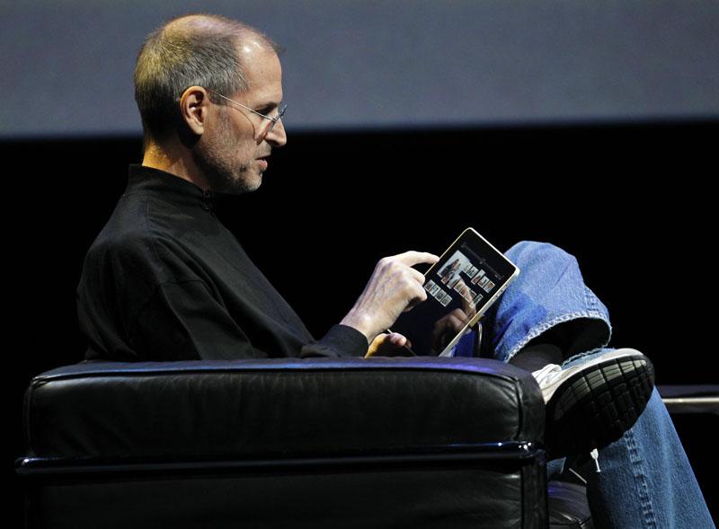 """Nguồn gốc iPad: Steve Jobs yêu cầu """"một miếng kính để đọc email trong toilet"""" - ảnh 2"""