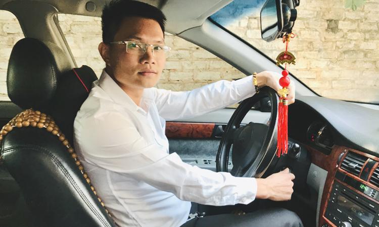 Nguyễn Mạnh Hùng thực hiện chuyến xe 0 đồng bắt đầu từ 5/11/2019.