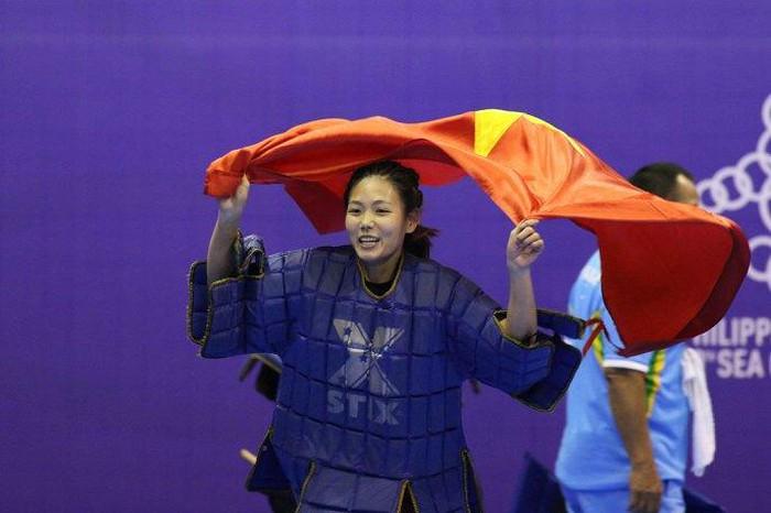 Nữ VĐV võ gậy Việt Nam bị bỏ đói vẫn giành 3 HCV SEA Games 30-ảnh 6