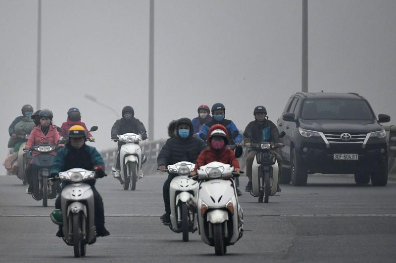 Ô nhiễm bụi mịn tại Hà Nội đang ngày càng trầm trọng, gây ảnh hưởng xấu đến sức khỏe người dân. (Ảnh qua plo)