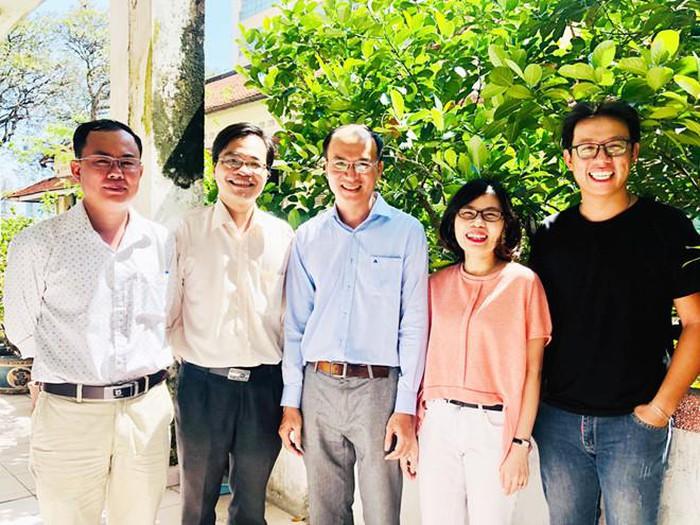 Phó giáo sư trẻ nhất Việt Nam: Lương 4 triệu/tháng-ảnh 2