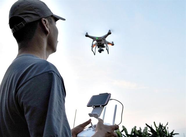 Phó thủ tướng yêu cầu các cá nhân sở hữu flycam phải khai báo tại địa phương