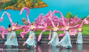 Tại sao chính quyền Trung Quốc lại sợ Đoàn Nghệ thuật Shen Yun?