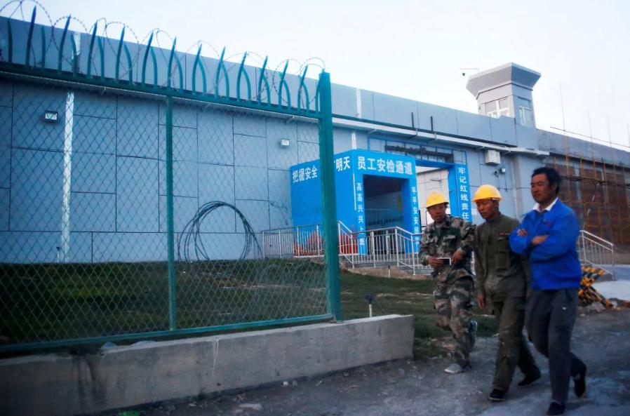 """Du học sinh Canada tiết lộ: """"Chính phủ Trung Quốc đang giám sát cả nhà chúng tôi"""" (ảnh 2)"""