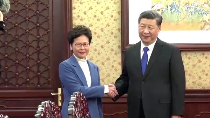 """Lý Khắc Cường """"hạ cấp độ"""" gặp Lâm Trịnh Nguyệt Nga, gửi đi một tín hiệu """"tinh tế"""" (ảnh 2)"""